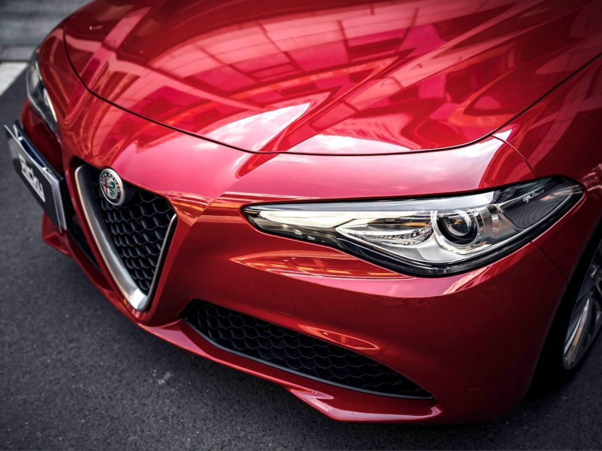 阿尔法·罗密欧2017款 Giulia 2.0T 280HP 豪华版图片