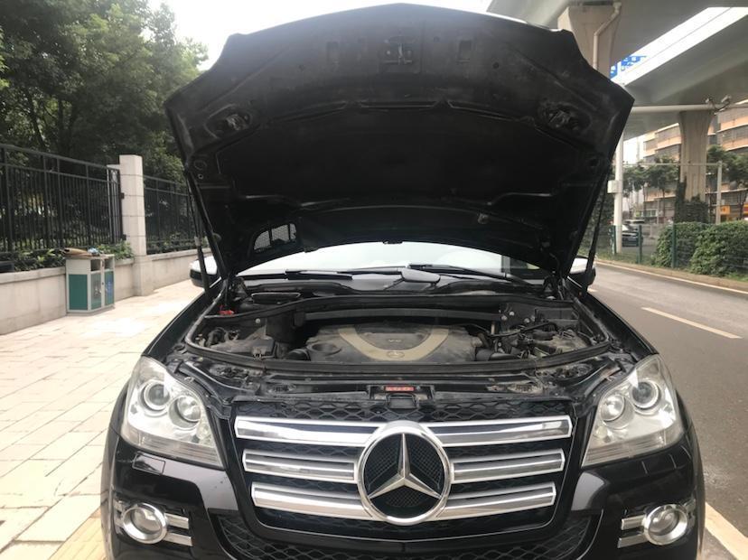 奔驰 奔驰GL级  2011款 GL 450 4MATIC尊贵型图片