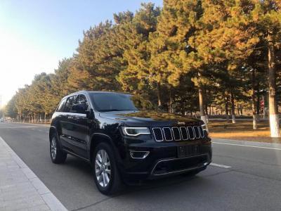 Jeep 大切诺基  2017款 3.0L 精英导航版