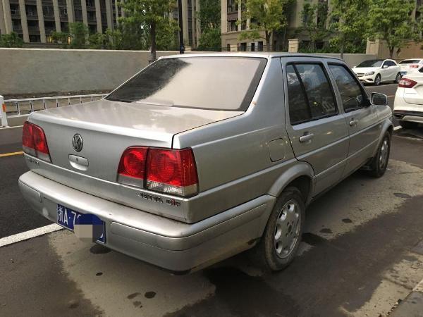 【杭州】2004年9月 大众 捷达 1.6 cif 都市春天基本版 银灰 手动挡