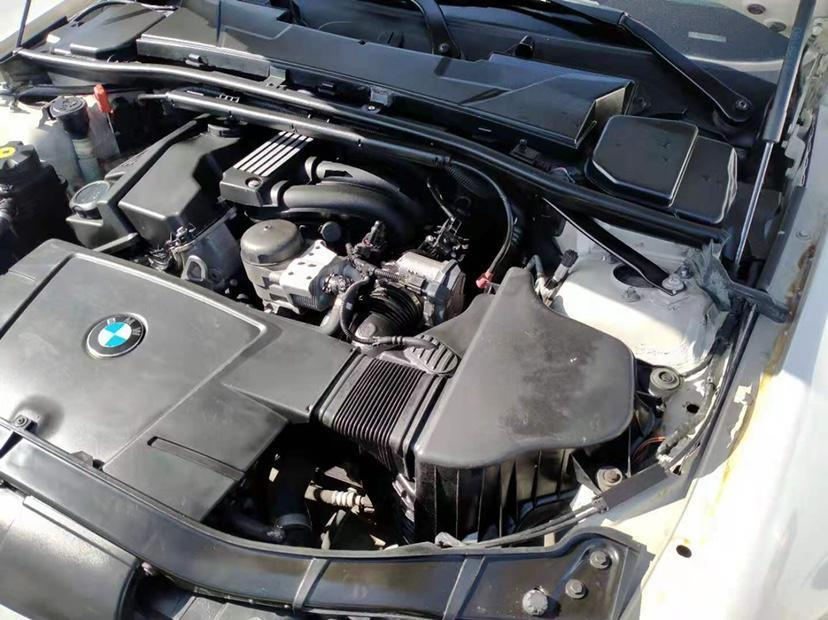 宝马 宝马3系  2011款 318i 领先型图片