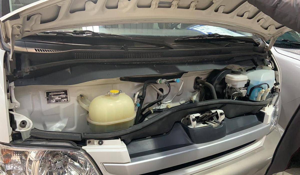 金杯 大海狮  2012款 2.4L大海狮W 旗舰型图片