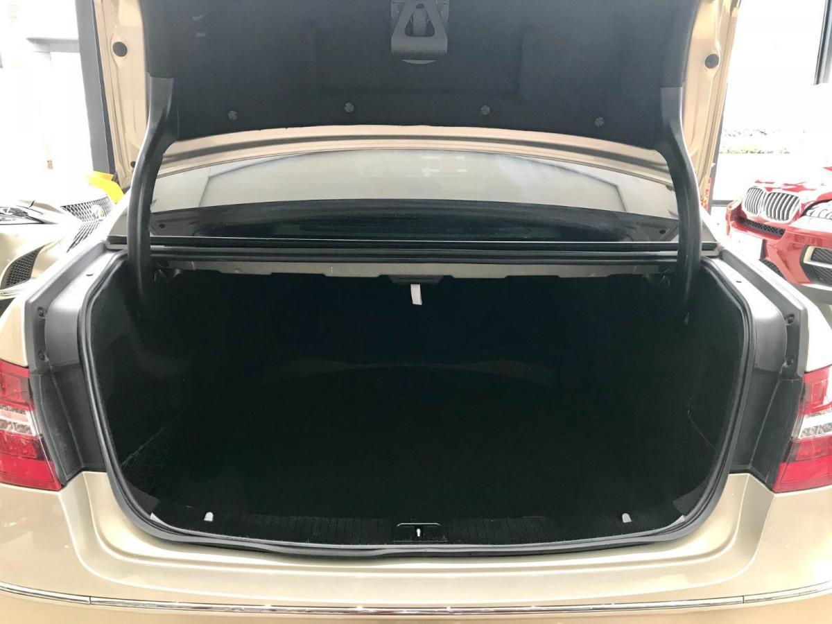 奔驰 奔驰E级  2012款 E 300 L 优雅型图片