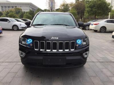 Jeep 指南者  2.0 运动版