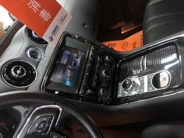 捷豹 XJ  L 3.0T 两驱典雅商务版图片