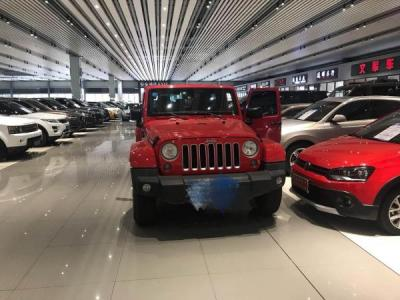 Jeep 牧马人  3.0 Sahara 75周年致敬版