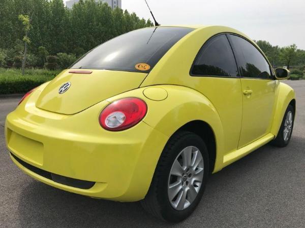 【济宁】2010年4月 大众 甲壳虫 2.0 blackorange豪华版 黄色 自动档