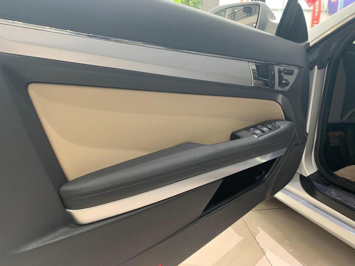 奔驰 奔驰E级  2009款 E 350 Coupe图片