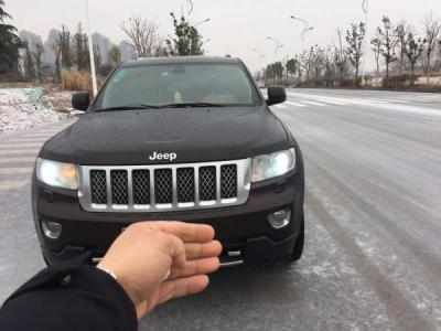 Jeep 大切诺基 3.6L 旗舰尊崇版图片
