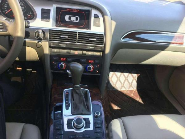 奥迪 奥迪A6L  A6L 2.4 豪华型图片
