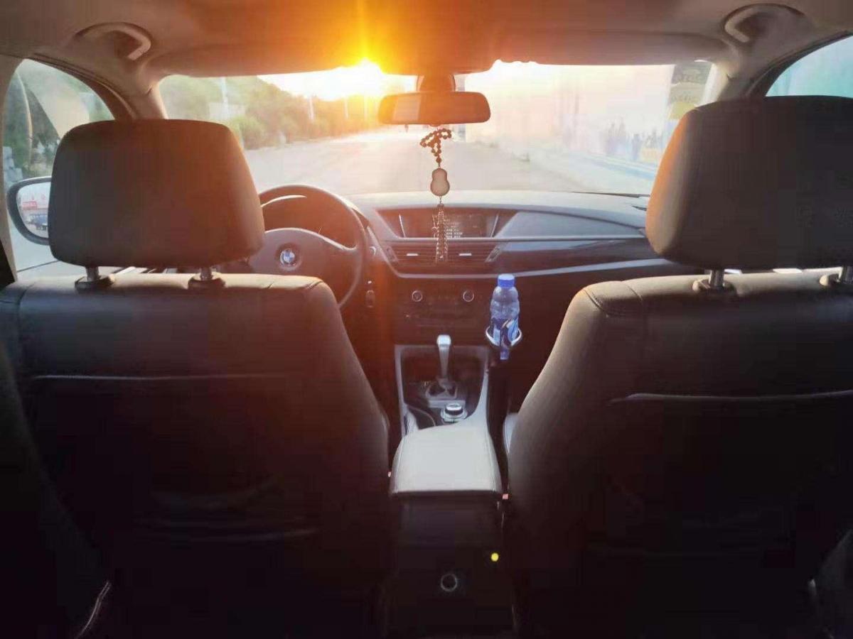 宝马 宝马X1  2013款 sDrive18i 运动设计套装图片