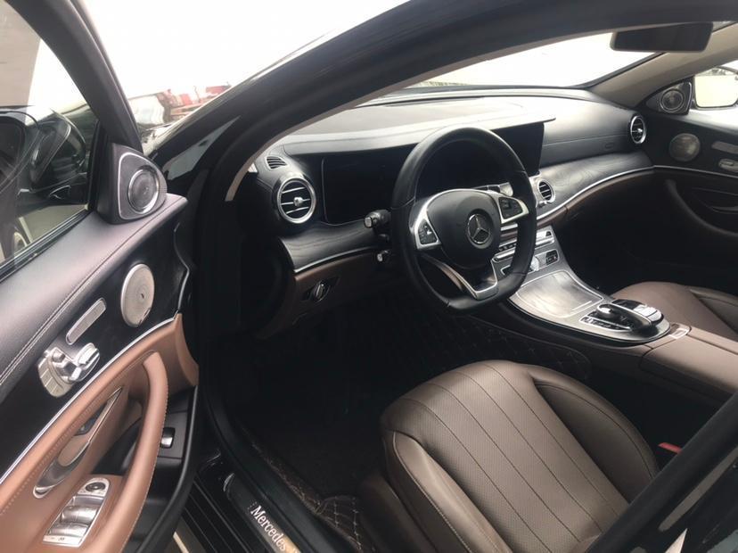 奔驰 奔驰E级  2018款 E 300 L 运动豪华型图片