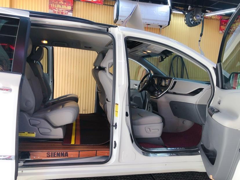 丰田 塞纳  2015款 3.5L 四驱L图片