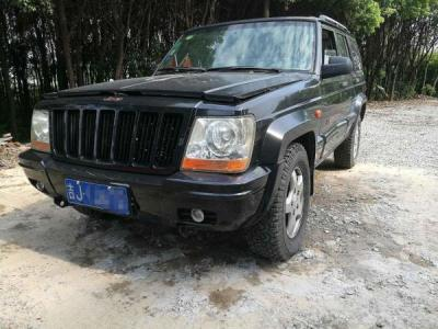 Jeep Jeep2500  2.4 两驱版图片