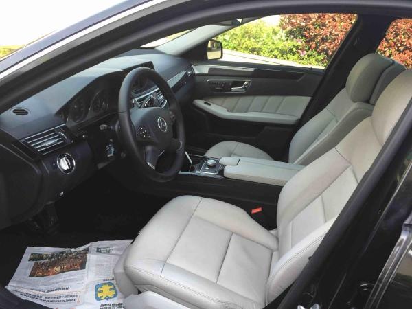 奔驰 E级  E300 3.0L 时尚型图片