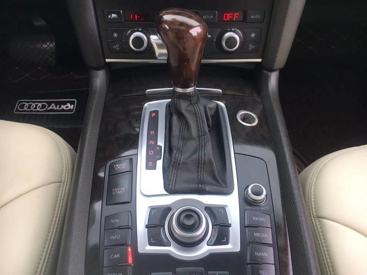 奥迪 奥迪Q7  2007款 4.2 FSI quattro 舒适型图片