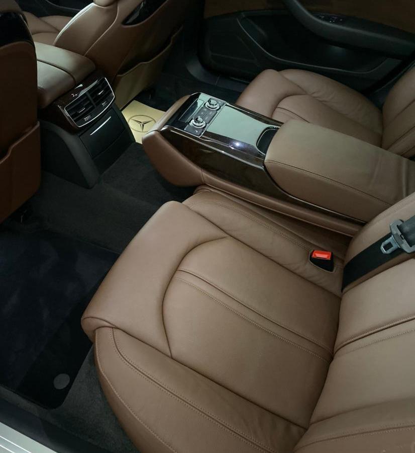奥迪 奥迪A8  2014款 A8L 30 FSI 舒适型图片