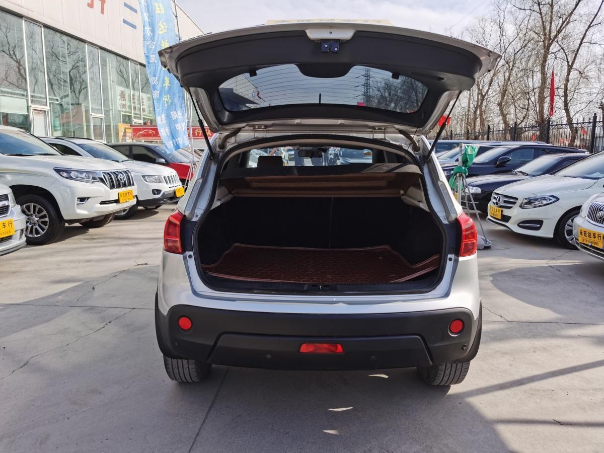 日产 逍客  2012款 2.0XL 火 6MT 2WD图片