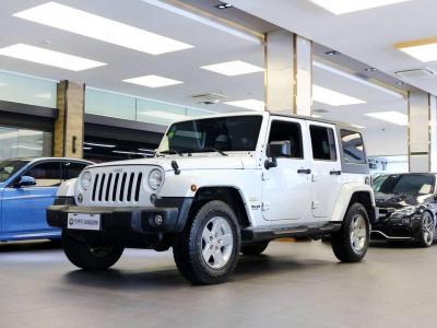 2016年3月 Jeep 牧马人(进口) 2.8TD Sahara 四门舒享版图片