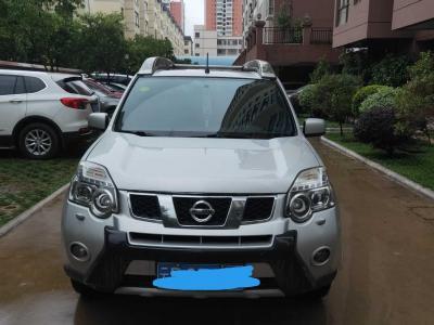 日产 奇骏  2012款 2.5L CVT豪华版 4WD