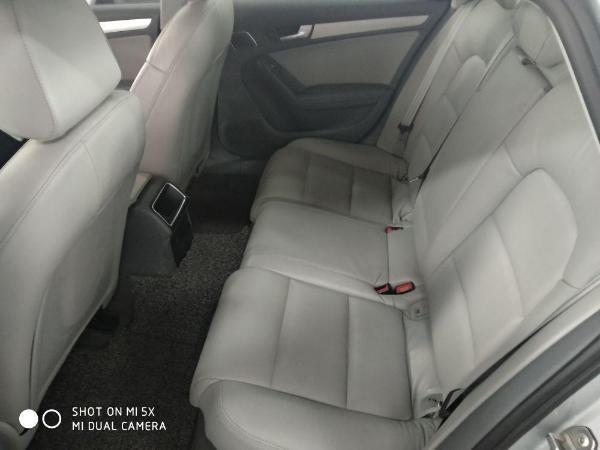 2013款 奥迪A4L 35 TFSI 自动 标准型图片