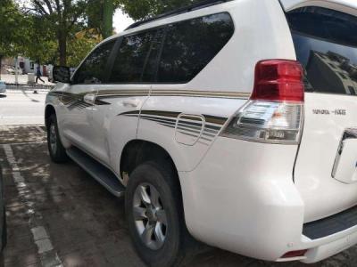 丰田 普拉多 4.0 TX-L 导航版图片