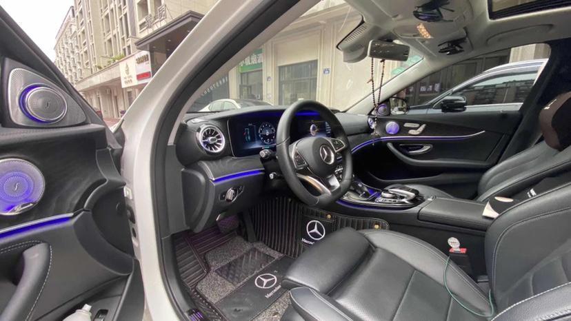 奔驰 奔驰E级  2017款 E 200 运动型图片