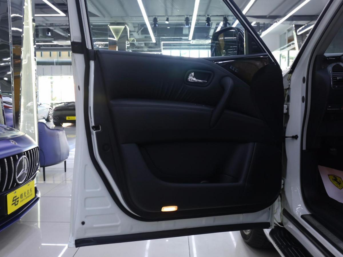 英菲尼迪 QX80  2013款 5.6L 4WD图片
