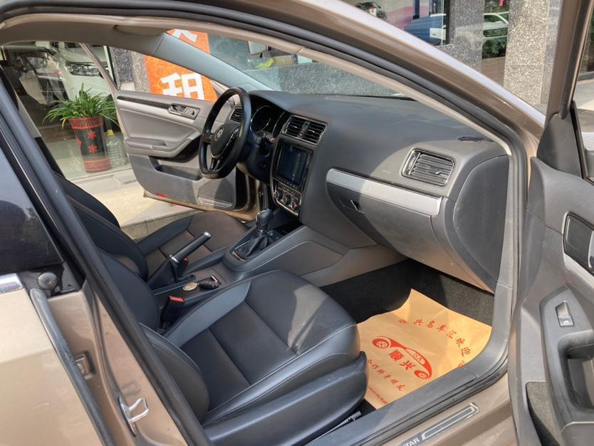 大众 速腾  2017款 230TSI 自动舒适型图片