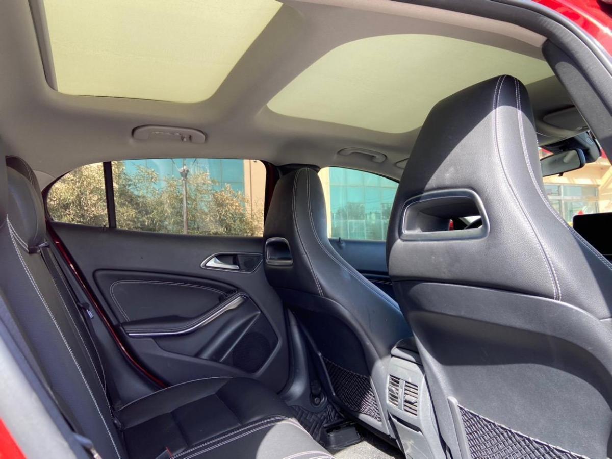 奔驰 奔驰GLA  2018款 GLA 200 动感型图片