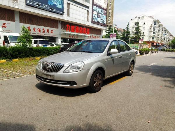 【上海】2014年8月 别克 凯越 1.5l 尊享型 银灰 自动档图片