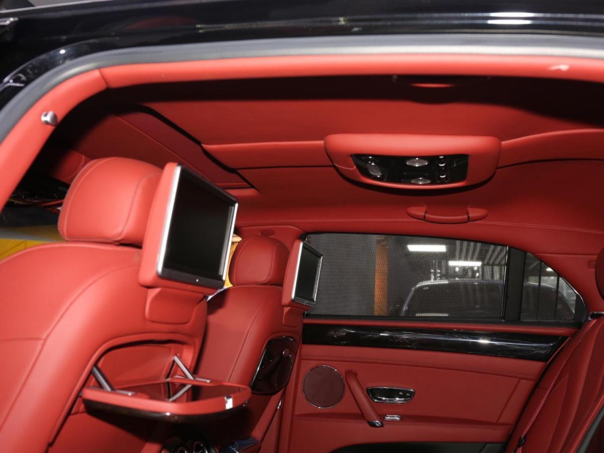 宾利 飞驰  4.0T 尊贵版图片