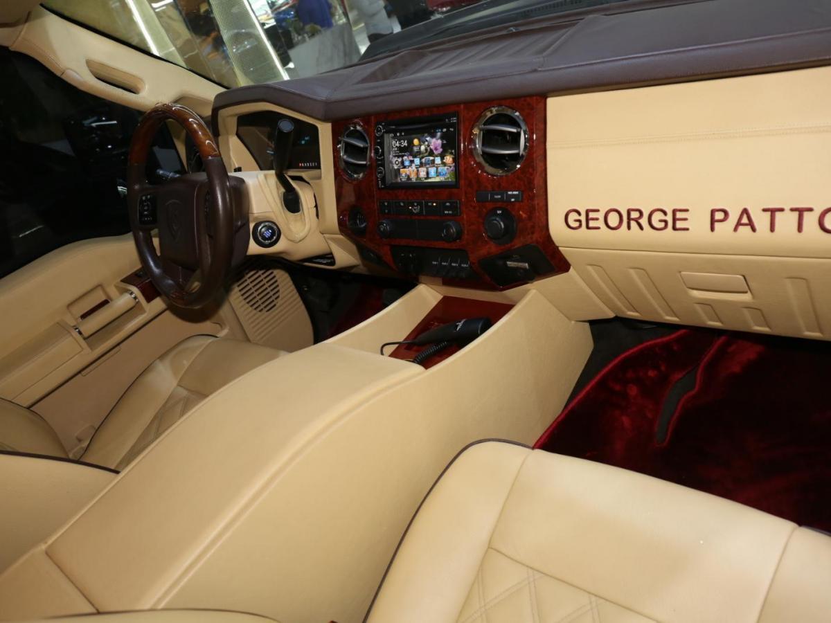 乔治·巴顿 乔治·巴顿  6.8L 4座 美版图片