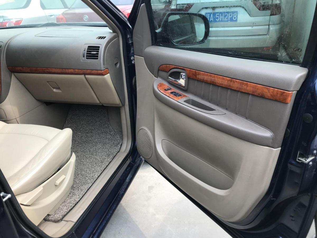 别克 GL8  2006款 陆尊 3.0L GT精英版图片