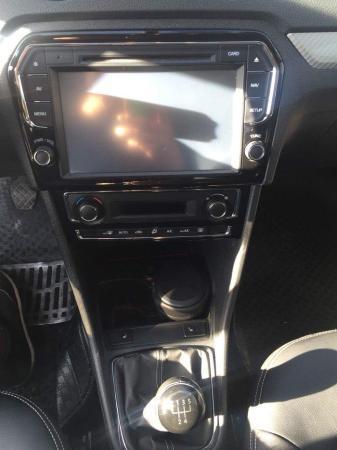 定速巡航.行车电脑显示屏.dvd原车大屏导航.雷达.安全气囊.