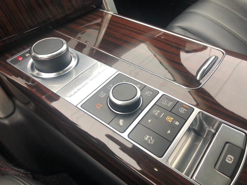 路虎 揽胜  2014款 3.0T V6 SC Vogue(改款)图片