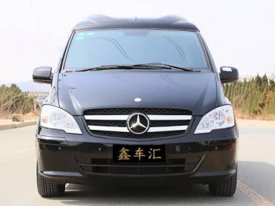 奔驰 威霆  2.5L 豪华版