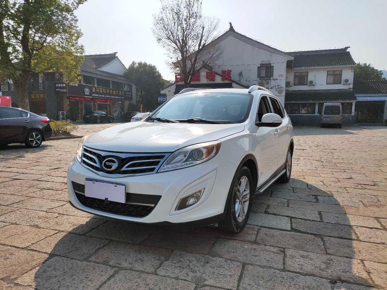 2012年6月 广汽传祺 GS5  2.0L 自动两驱尊贵版图片