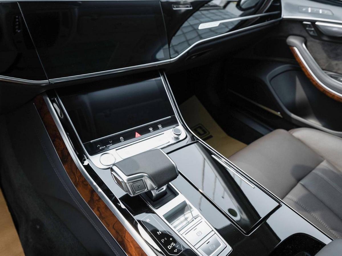 奥迪 奥迪A8  2019款 Plus A8L 55 TFSI quattro 豪华型图片