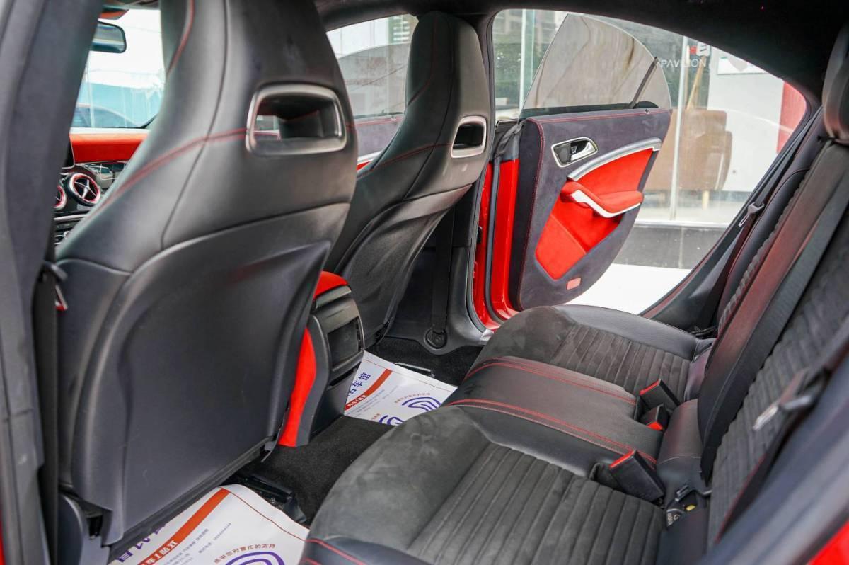奔驰 奔驰CLA级  2015款 CLA 220 4MATIC图片