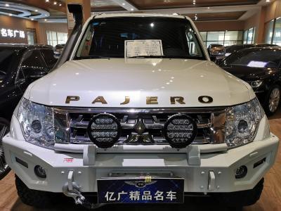 三菱 帕杰罗  2019款 3.0L 自动豪华版