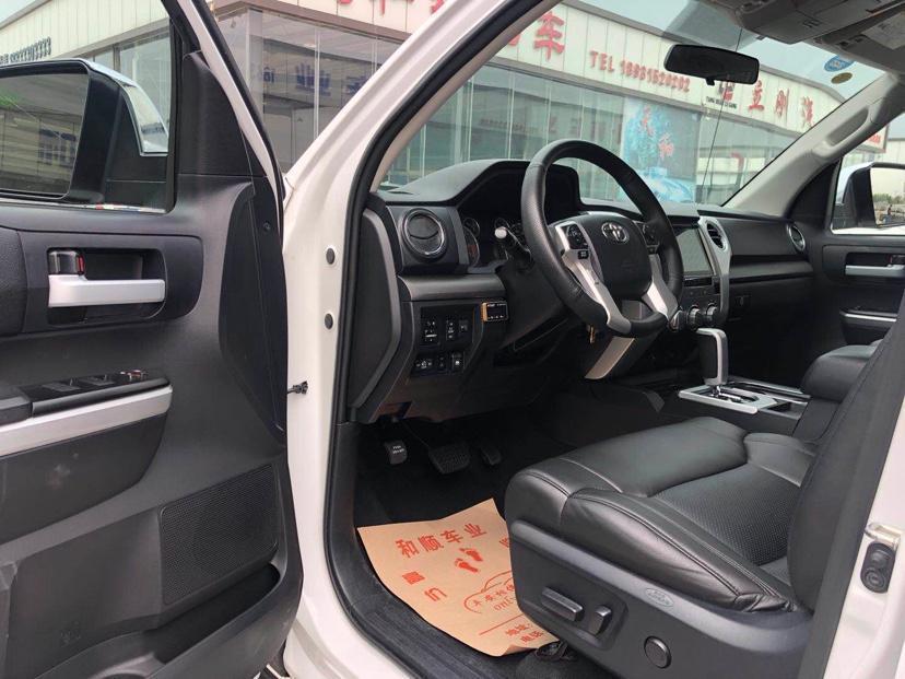 2016款 丰田坦途5700图片