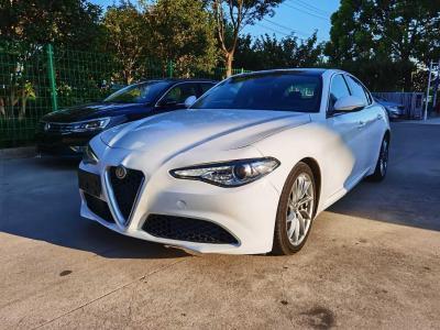 2017年6月 阿尔法·罗密欧 Giulia 2.0T 200HP 豪华版图片