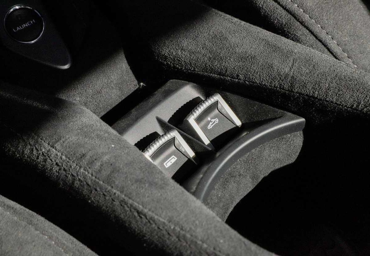 迈凯伦 720S  2019款  4.0T Spider图片
