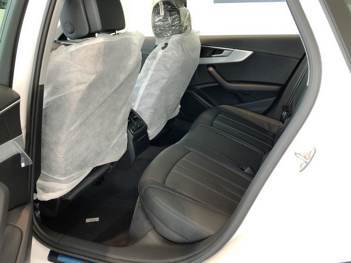 奥迪 奥迪A4L  2020款 40 TFSI quattro 豪华动感型图片