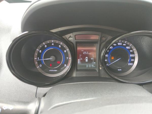 长安 CS15  1.5L 手动舒适版图片