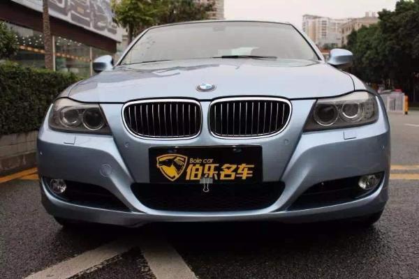 【深圳】2010年4月 宝马 宝马3系 325i 2.5 豪华型 蓝色 自动档