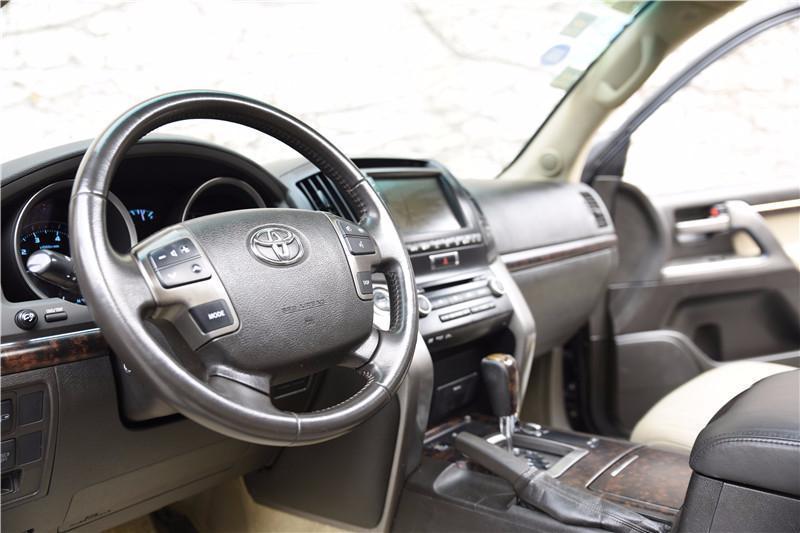 丰田 兰德酷路泽  2010款 VX 4.7L图片