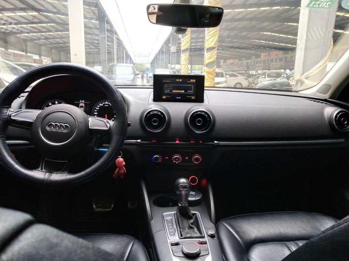 奧迪 奧迪A3  2016款 A3 1.4T 35TFSI Limousine進取型圖片