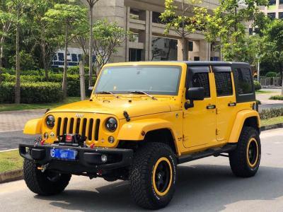 2015年6月 Jeep 牧马人(进口) 2.8TD Sahara 四门舒享版图片